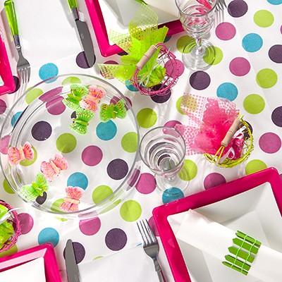 Chemin de table pois multicolores pr d coup multicolore for Chemin de table a pois