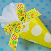 Nœud de Pâques en taffetas jaune