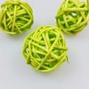 Mini boules en rotin (x12) vert anis