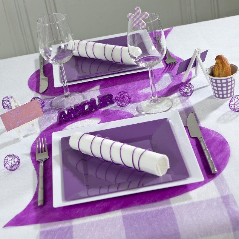 sets de table coeur en non tiss prune x50. Black Bedroom Furniture Sets. Home Design Ideas