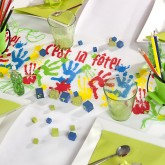 Chemin de table mains d' enfants multicolore