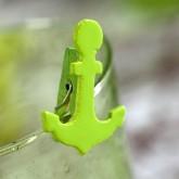 Pinces en bois ancres (x6) vert anis