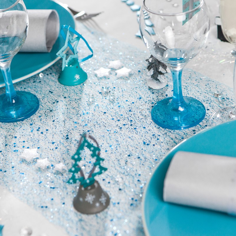 Chemin de table andromeda bleu polaire for Decoration de table bleu