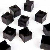Mini cubes translucides noir (x12)