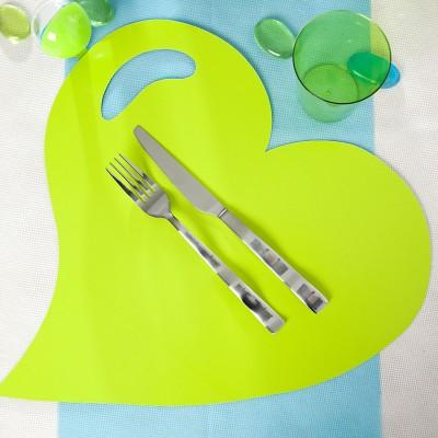Sets cœurs cartonnés vert anis (x4)