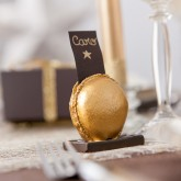 Macaron marque-place or
