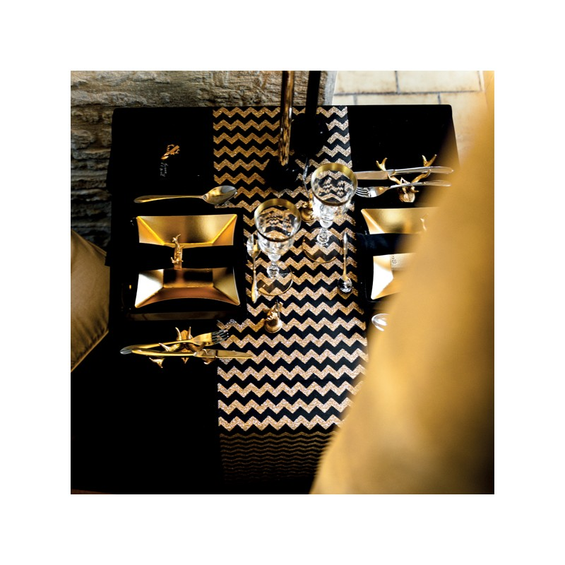 chemin de table motifs chevrons noir et or. Black Bedroom Furniture Sets. Home Design Ideas