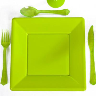 Assiettes carrées (x8) vert anis