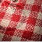 Chemin de table jute vichy rouge