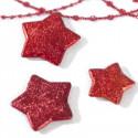 Boîte d'étoiles en 3D rouge